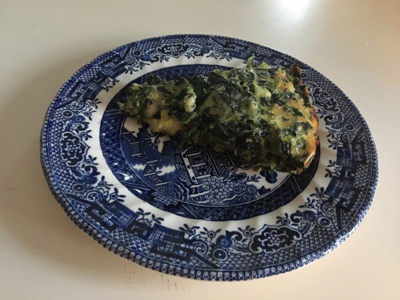 crustless-spinach-quiche-on-a-plate1